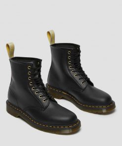 Dr. Martens Vegan Boot 1460 Black